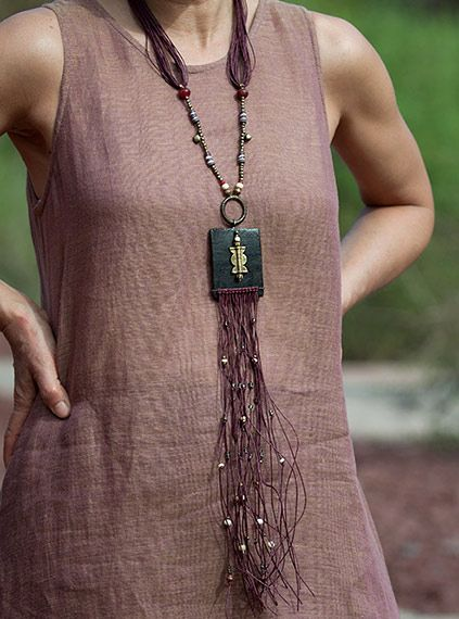 Statement jewel: colorful ethnic beads and leather