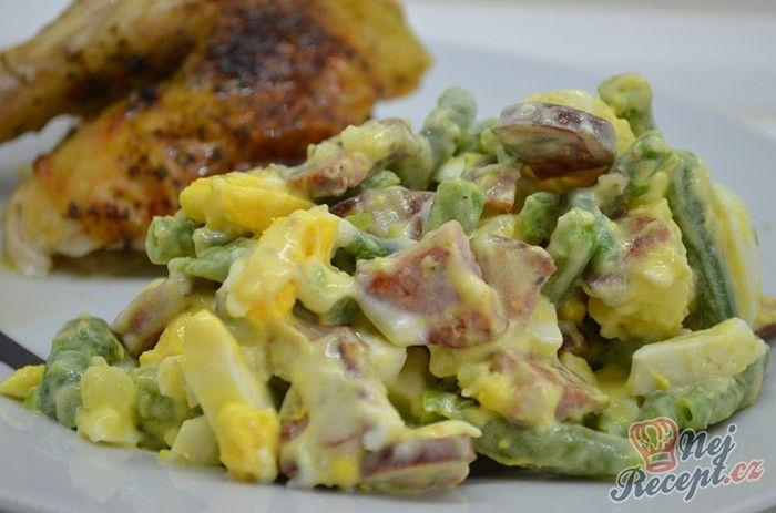 My tento salát zvolili jako přílohu k pečenému kuřeti, ale klidně salátek můžete zvolit jako hlavní jídlo. Autor: Lacusin