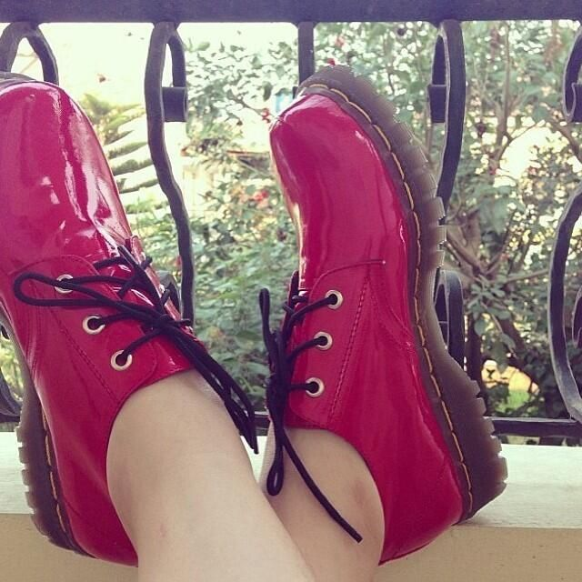 Hafshoes: red glossy 3hole