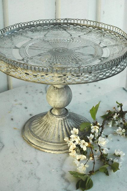 Vintage cake plate Silver charms any room any decor : old cake plates - pezcame.com