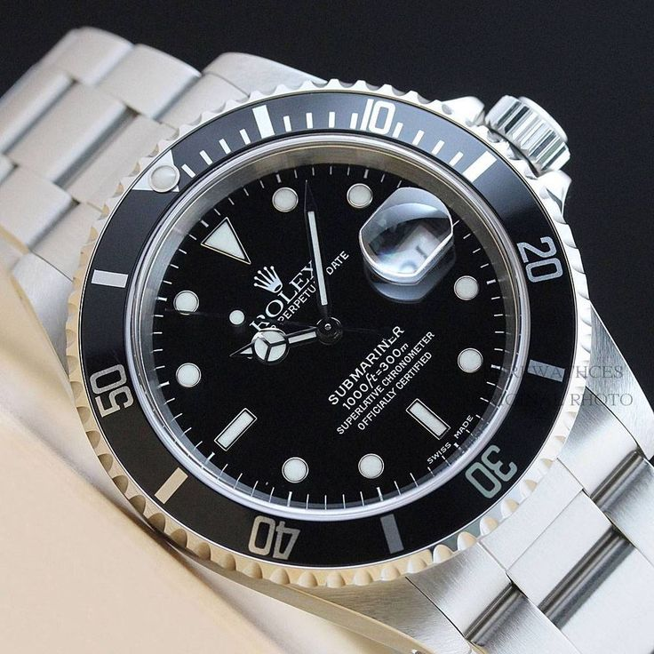 Men's Rolex 16610 Submariner Oyster Perpetual Watch