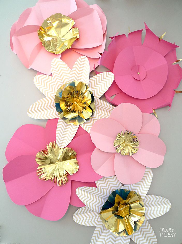 Paperflowers that I made for a Löwengrip Care & Color event.