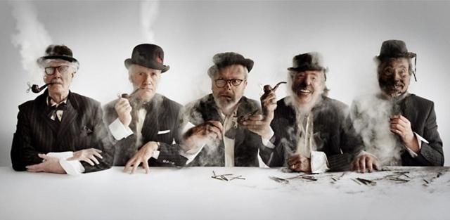 """Нарисованных на компьютере пришельцев в фантастической комедии """"Все что угодно"""" (""""Absolutely Anything"""") озвучат участники комик-группы """"Монти Пайтон"""": Джон Клиз, Терри Гиллиам, Терри Джонс и Майкл Пэлин. Кроме того, Джонс является режиссером и соавтором сценария фильма."""