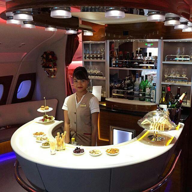Emirates stewardess @ro_wee_na | Emirates | Hats, Captain hat