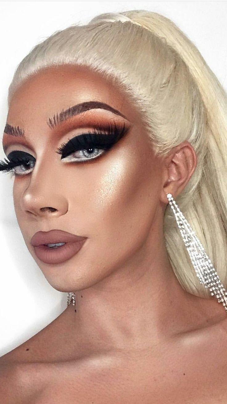 James Charles creates this beautiful Drag makeup look ✨🏳️🌈❣️ Male Makeup, Sexy Makeup, Beauty Makeup, Mac Makeup Looks, Best Mac Makeup, Make Up Looks, Morphe, Make Up Designs, Drag Queen Makeup