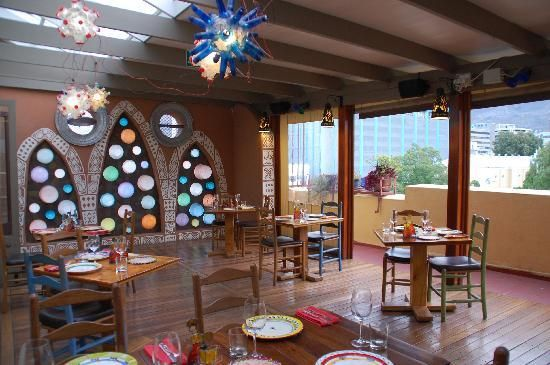 I cant resist a themed restaurant. The Africa Cafe in Cape Town lets you try different authentic dishes from over 12 different African countries.