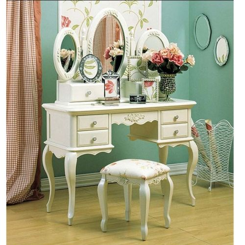 girls bedroom vanity. Victorian Bedroom Vanity Set  would like in s cherry wood Best 25 vanity set ideas on Pinterest Makeup