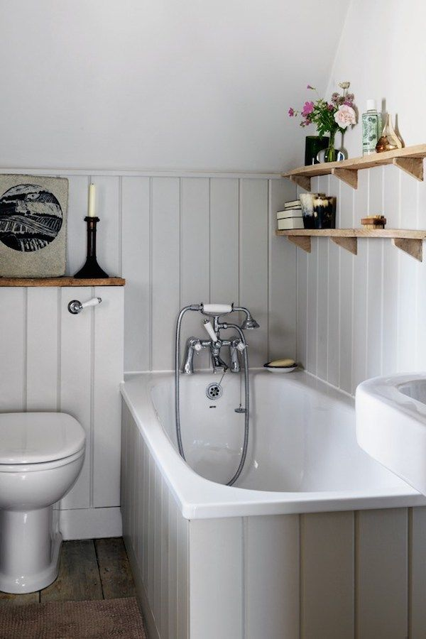 365 best country cottage bathroom images on pinterest Small bathroom decorating ideas uk