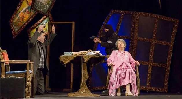 """In acest weekend, Teatrul de Stat Constanta prezinta doua piese celebre, de referinta in istoria teatrului, Shakespeare si Goldoni si """"Bătrâna si hotul"""" cu Ileana Ploscaru"""