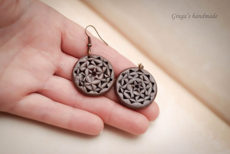 Handmade earrings. Fimo.