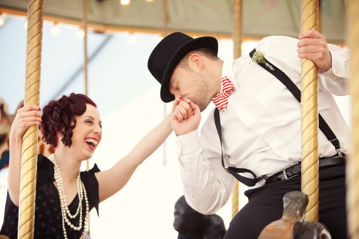 Glamourous Vintage Chicago Engagement Shoot | Bridal Musings | A Chic and Unique Wedding Blog