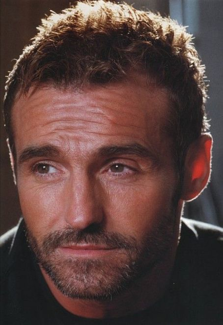 Marti Pellow of the Scottish group Wet Wet Wet...this man has the most gorgeous smile - real weak at the knees stuff!