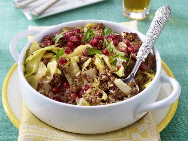 Persischer roter Reis mit Rinderhack und Granatäpfeln Rezept