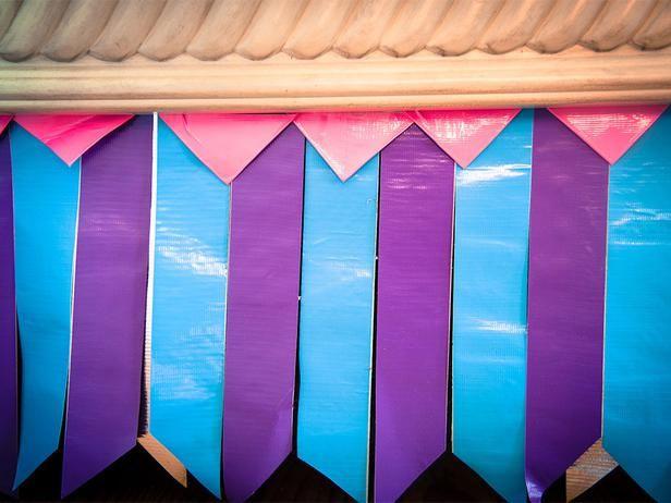 DIY Duct Tape Bedskirt: Duct Tape Decor, Tape Diy, For Kids, Theme Parties, Ducks Tape, Kids Room, Diy Duct, Tape Bedskirt, Kid Rooms