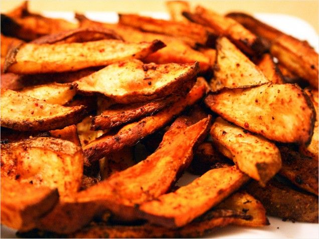 Baked sweet potato: Sweet Potato Fries, Potatoes Slices, Baked Sweet Potatoes, Sweet Potatoes Fries, Olives Oil, Olive Oils, Seasons Fries, Baking Sweet Potatoes, Fries Seasons