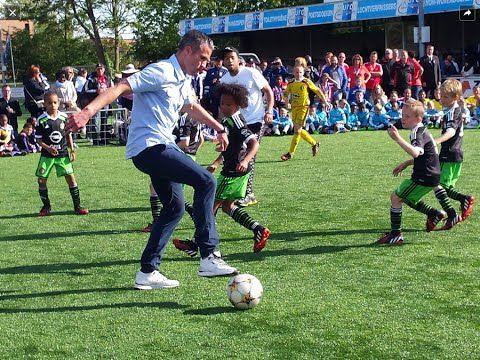 #darren #feyenoord #fletcher #Freestyle #persie #robin #RobinVanPersie(FootballPlayer) #SoufianeTouzani(FootballPlayer) #tonny #TonnyVilhena(FootballPlayer) #Touzani #u9 #van #Vilhena #vs Freestyle Robin van Persie, Tonny Vilhena, Darren Fletcher, Touzani  vs Feyenoord U9