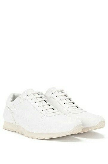 Vita sneakers från Hugo Boss