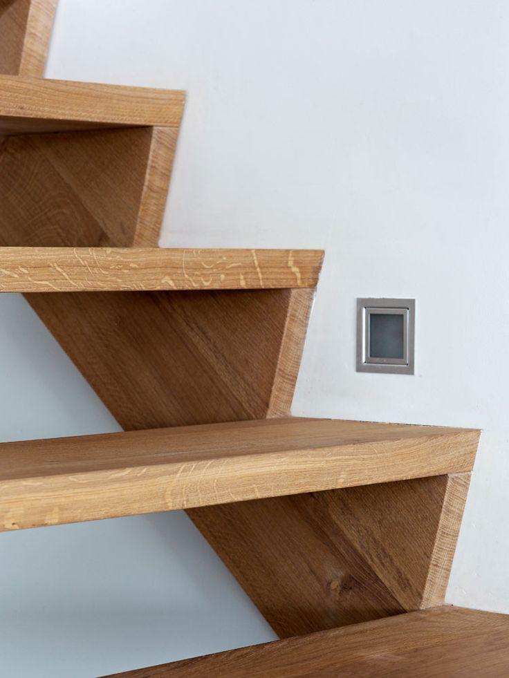 Meer dan 1000 idee n over houten trap op pinterest - Moderne houten trap ...