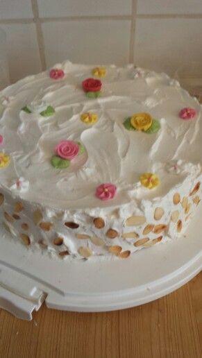 Viac než 1000 nápadov oErdbeercremetorte na Pintereste Cukráreň - dekoration küche selber machen