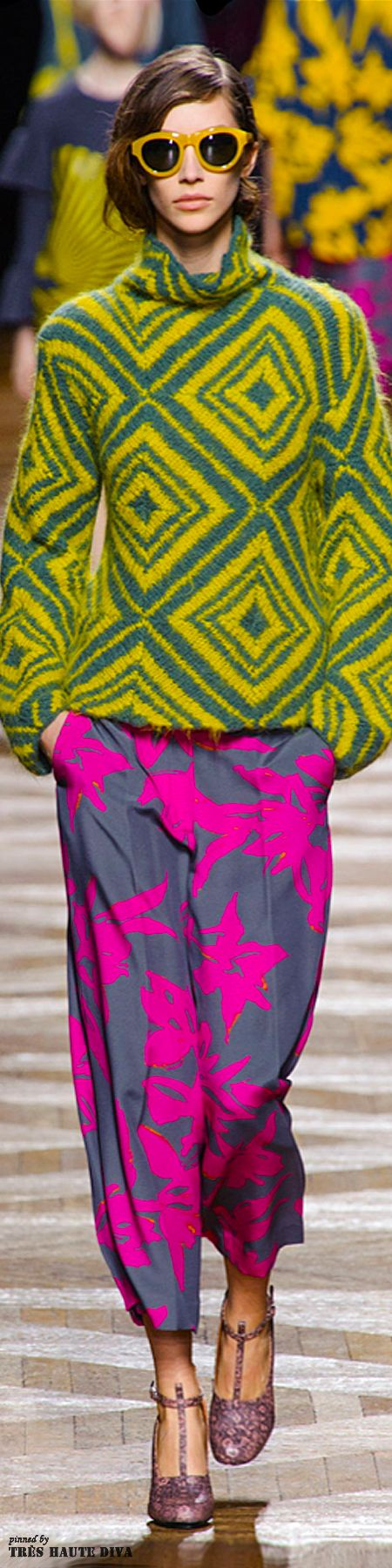 Paris Fashion Week: Dries Van Noten Fall/Winter 2014 RTW what is it about bold colour and mad patterns...❤️life