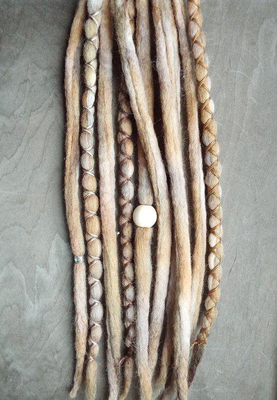 Hey, diesen tollen Etsy-Artikel fand ich bei https://www.etsy.com/de/listing/229947147/10-natural-tie-dye-wool-synthetic