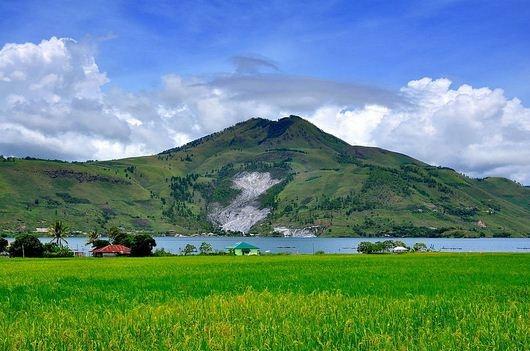 Gunung pusuk buhit dan jejak siraja batak -  pulau samosir #PINdonesia