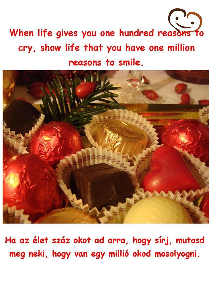 3. day - Handmade chocolate quotation #smilebrand #smilechocolate #mosolycsoki #quotations #smile #happiness #boldogság #csoki #csokoládé #quotes #handmade #thirdday #advent #adventcalendar #onemillion #reason #life