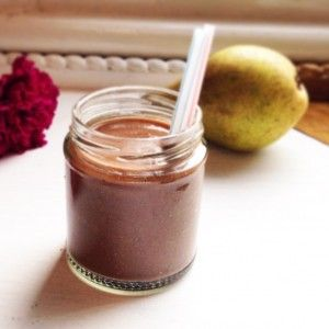 CACAO, PEAR, FENNEL AND CASHEW SMOOTHIE
