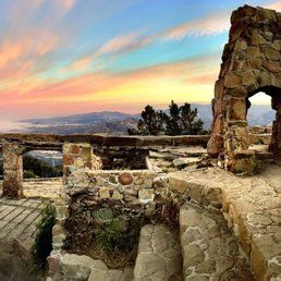 Knapps Castle, Santa Barbara hike