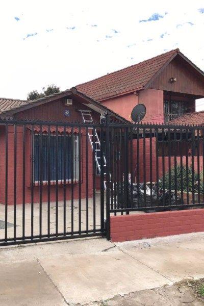 Se arrienda excelente casa cerca del metro Laguna Sur - INMUEBLES-Casas, Metropolitana-Pudahuel, CLP430.000 - http://elarriendo.cl/casas/se-arrienda-excelente-casa-cerca-del-metro-laguna-sur.html