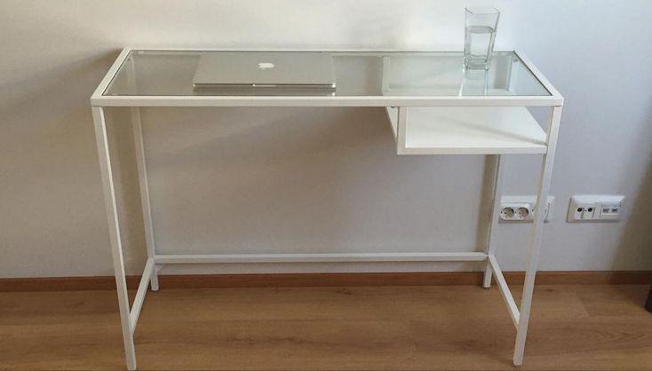 99+ Glass Desks Ikea - Decoration Ideas for Desk Check more at http://michael-malarkey.com/glass-desks-ikea/