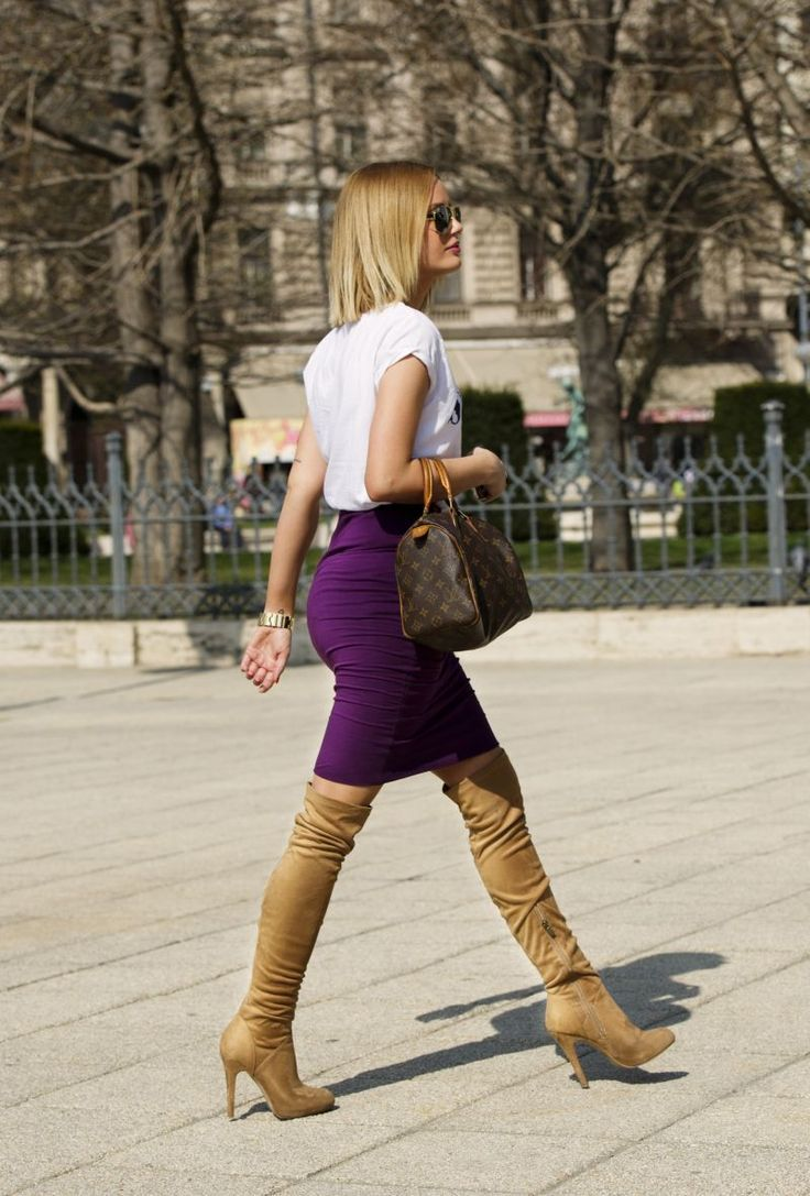 : Flattering purple skirt with neutral boots