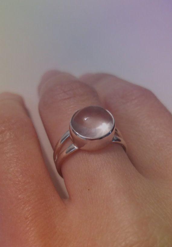 Hoi! Ik heb een geweldige listing op Etsy gevonden: https://www.etsy.com/nl/listing/260620383/rozenkwarts-sterling-zilveren-ring