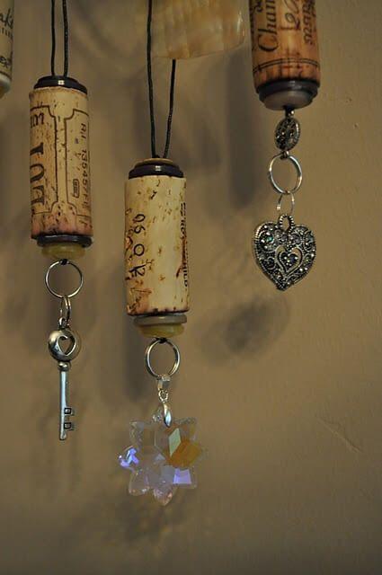 Rolhas de vinho como chaveiro ou enfeites