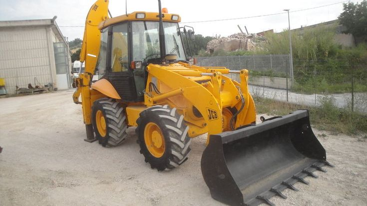 JCB 2DX. #loader #jcb  https://autoline.info/-/sale/backhoe-loaders/JCB-2DX--17062703322268918900?fromtop=1