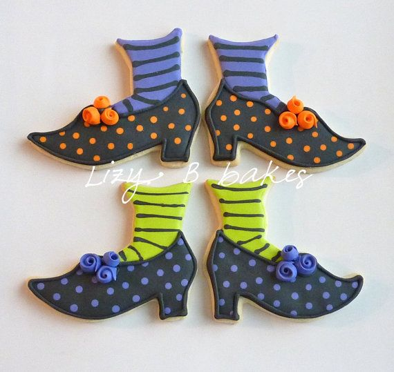 12 Witchy Shoe Halloween Cookies por LizyBsbakeshop en Etsy
