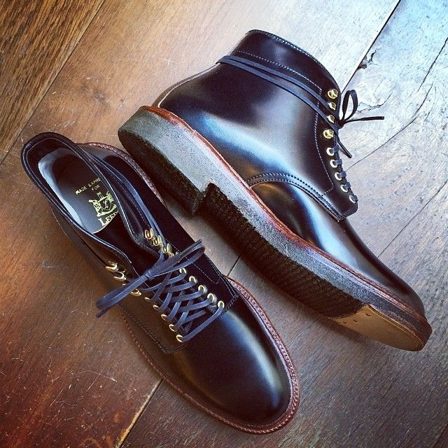 Introducing the Walter plain toe boot by Alden. Made in black shell cordovan on the Barrie last with plantation crepe soles, antique welt and brass hooks & eyes.