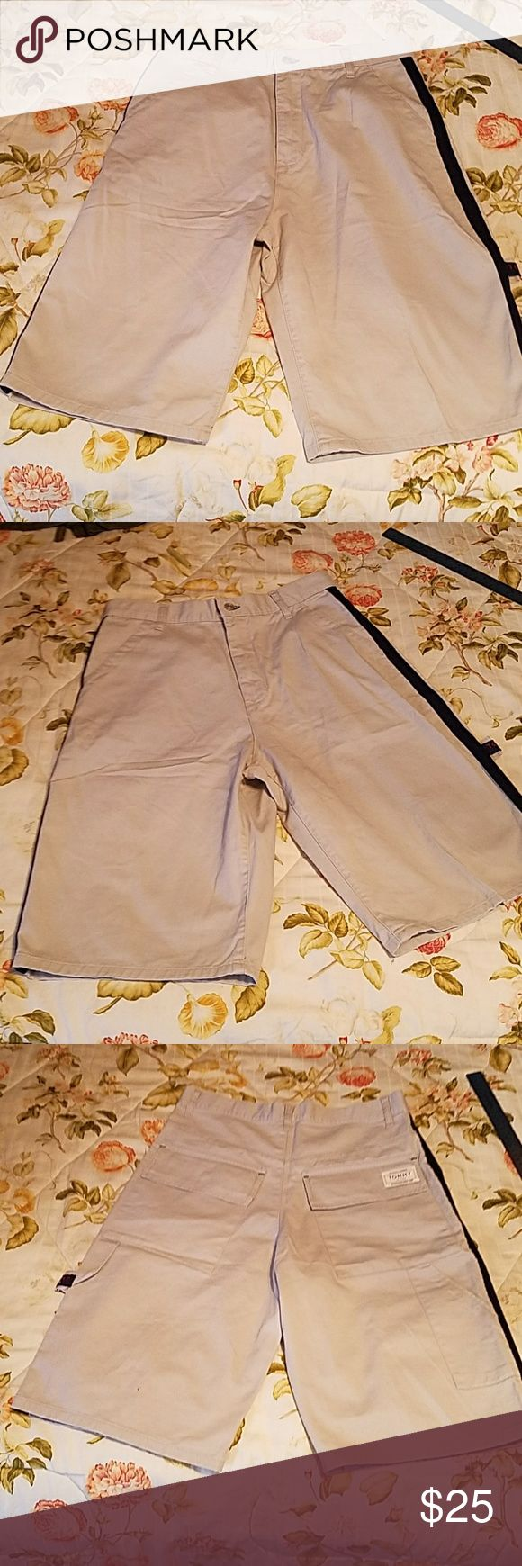 "Shorts - Mens - Thick material - TOMMY JEANS Excellent NWT condition -  measures: 32 1/2 "" waist - no stretch in these -   24 1/2"" from waist to hemline x 13"" Inside leg to crutch  -  from crutch to hem as shown on pics.  Colors: Please go by my pics colors only -  pretty right on! Tommy Jeans Shorts Jean Shorts"