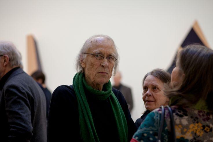 Yrjö Kukkapuro photographed at the Avarte group's opening party in Galerie Forsblom