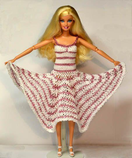 Free Knitting Patterns For Barbie Dolls : 1000+ ideas about Barbie Knitting Patterns on Pinterest Crochet barbie clot...