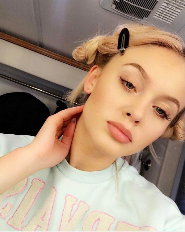 Zara Larsson - instagram 16/03/17  I have an album out