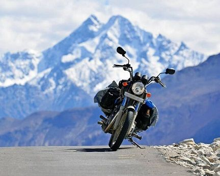 Overland Escape is one of the best Motorbike Tour operator in Ladakh, India. We are offering the best Packages for Motorbike Tour in Ladakh at the affordable price.