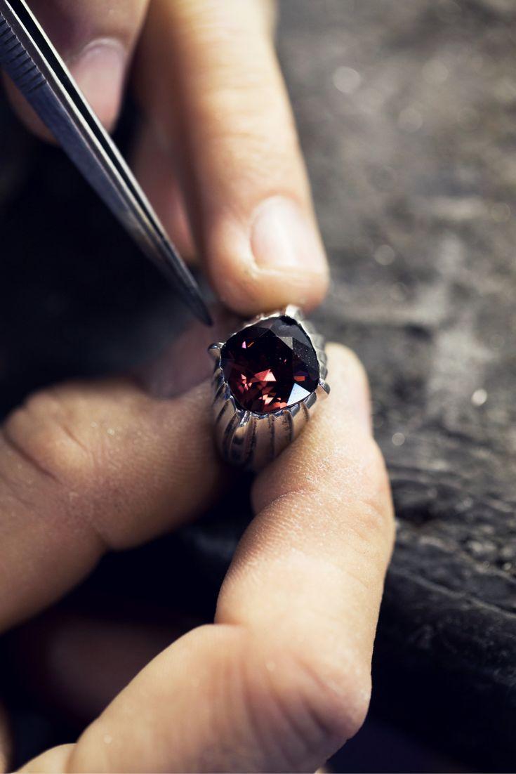 Metalmorphosis of the Roxanne Ring