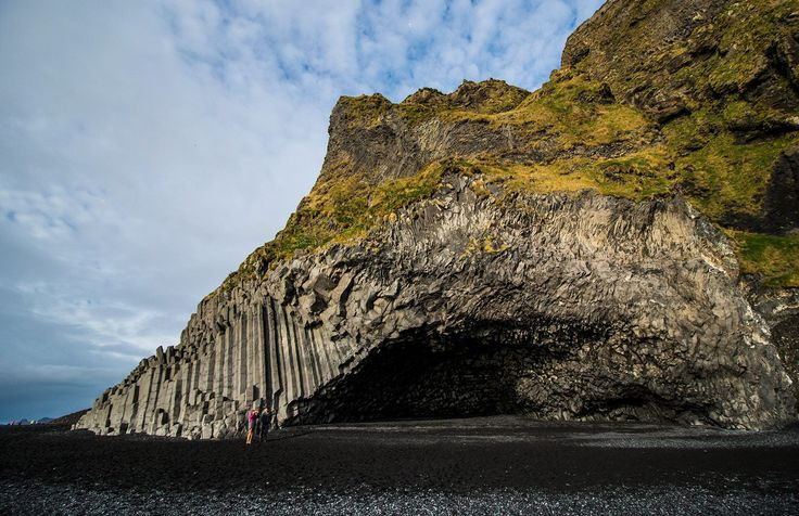 The black sand beaches of Dyrhlaey Iceland, the acoustic is quite good in that small cave :) photo by Baráth Mix Levente https://www.facebook.com/mixtremevideos/?fref=photo