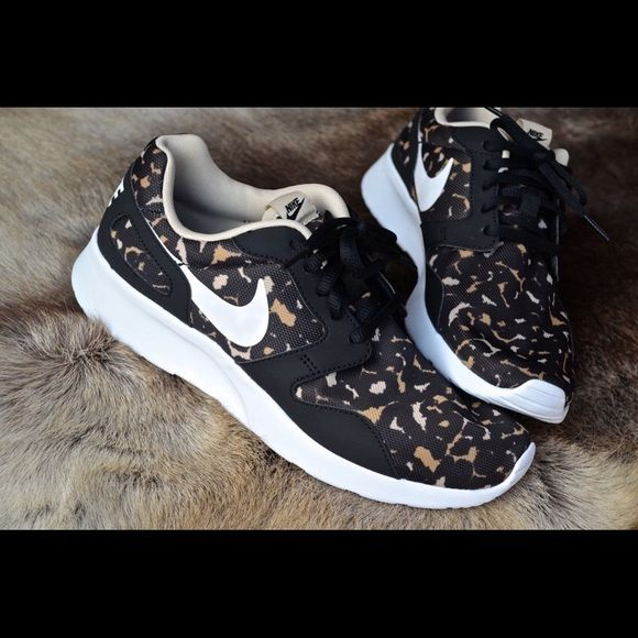 Nike Leopard Print Nike leopard print shoes. Worn once to a kickback. Comes with box. Nike Shoes Athletic Shoes