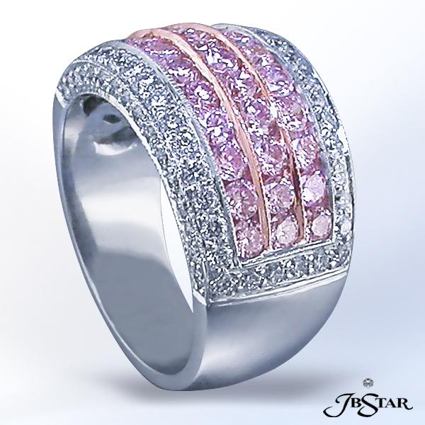 Style 0922 Round Diamond & Round Pink Diamond band set in Platinum #pinkdiamond #diamondband