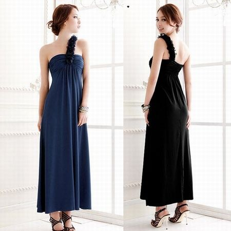 Here view Maxi dresses trends and long maxi dresses for girls.Get Maxi dresses for girls in pakistan.Long Maxi dresses ideas and new look with girls maxi dresses for wedding and parties for all visit http://fashion1in1.com/asian-clothing/maxi-dresses-trends-long-maxi-dress-online/