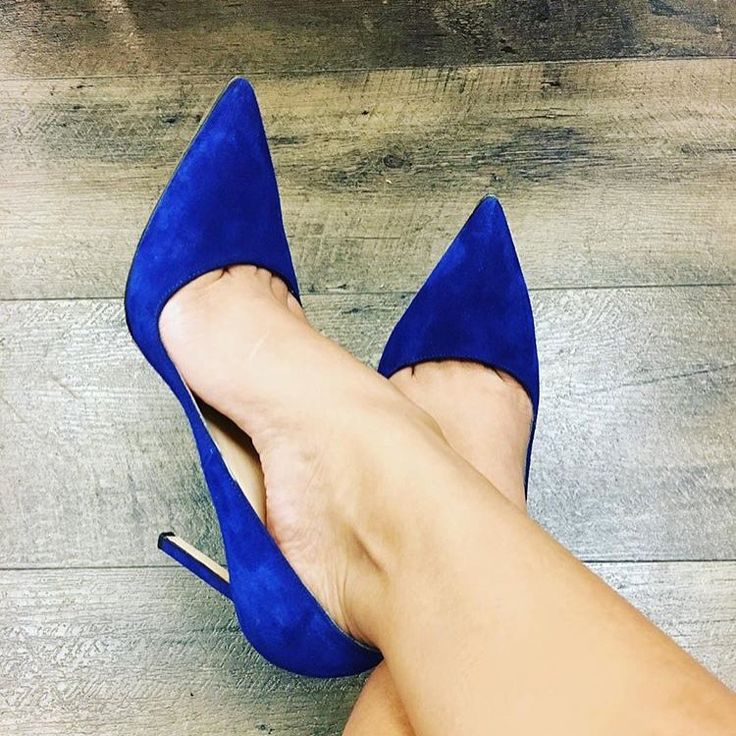 Blue Manolo Blahniks using Protect Your Pumps | Actual customer photo protecting these designer shoes with Protect Your Pumps | Protect Your Pumps extends the life of your heels & keeps them looking new by protecting the bottom of your shoe from the ground | Order @ ProtectYourPumps.com