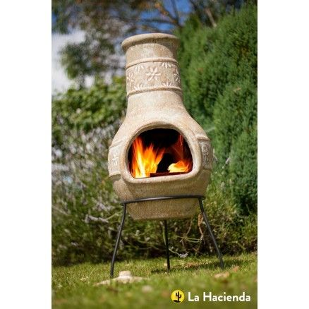 La Hacienda Star Flower Medium Straw Clay Chimenea. The gorgeous design of this chimenea adds that little touch that your garden needs, whilst at the same time providing you with heat.