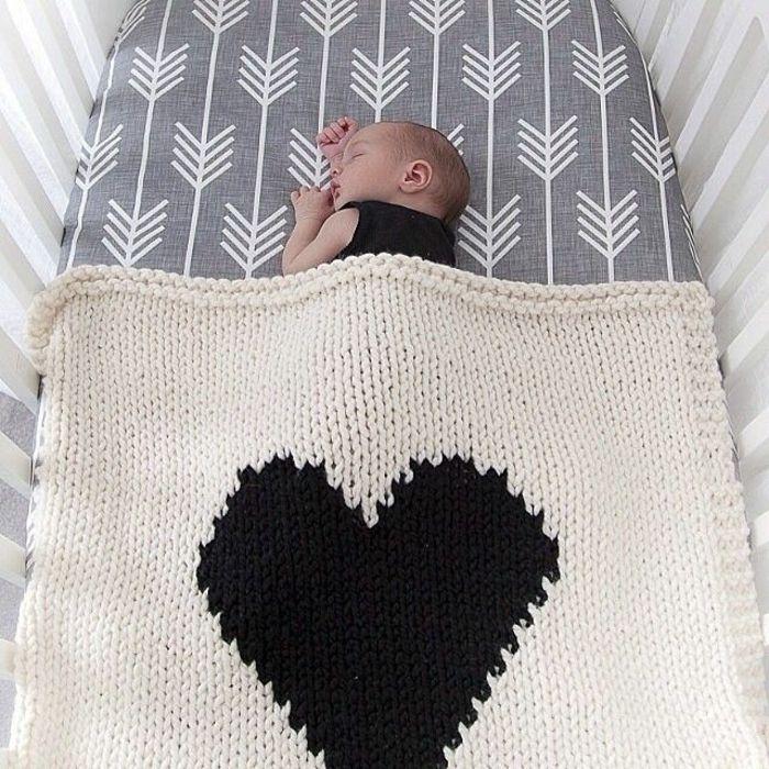 babybettwäsche-bettset-baby-baby-bettwäsche.jpg 700×700 pixels